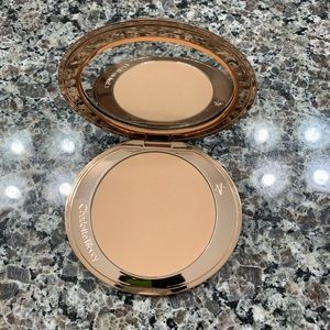 Charlotte Tilbury Airbrushed Bronzer